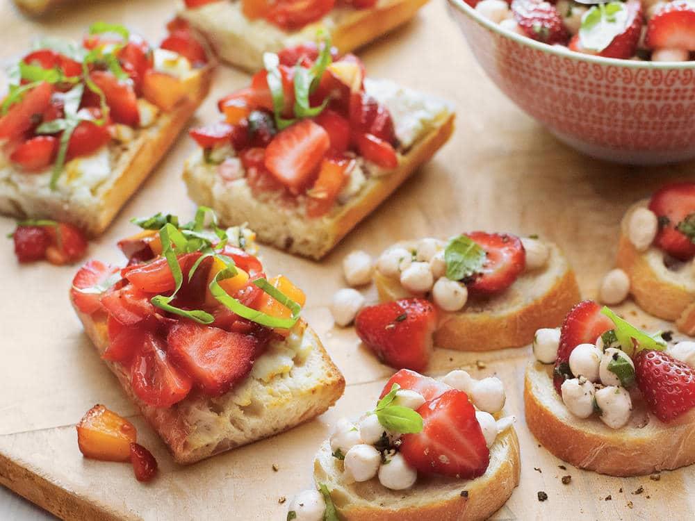 strawberry bruschetta sl