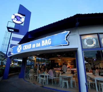 درآمد رستوران crab